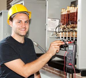 טכנאי חשמל ואלקטרוניקה